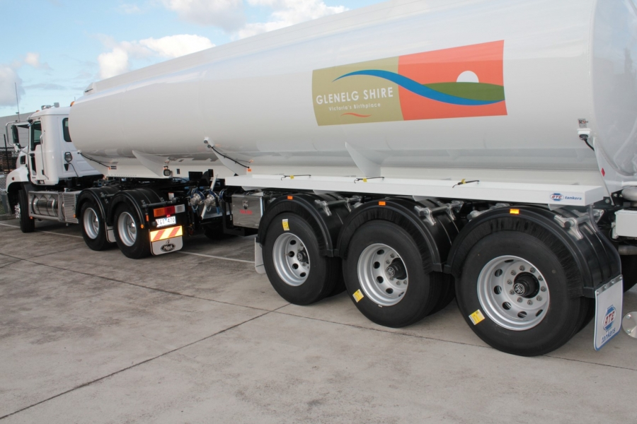 Glenelg 3 Axle Water Trailer